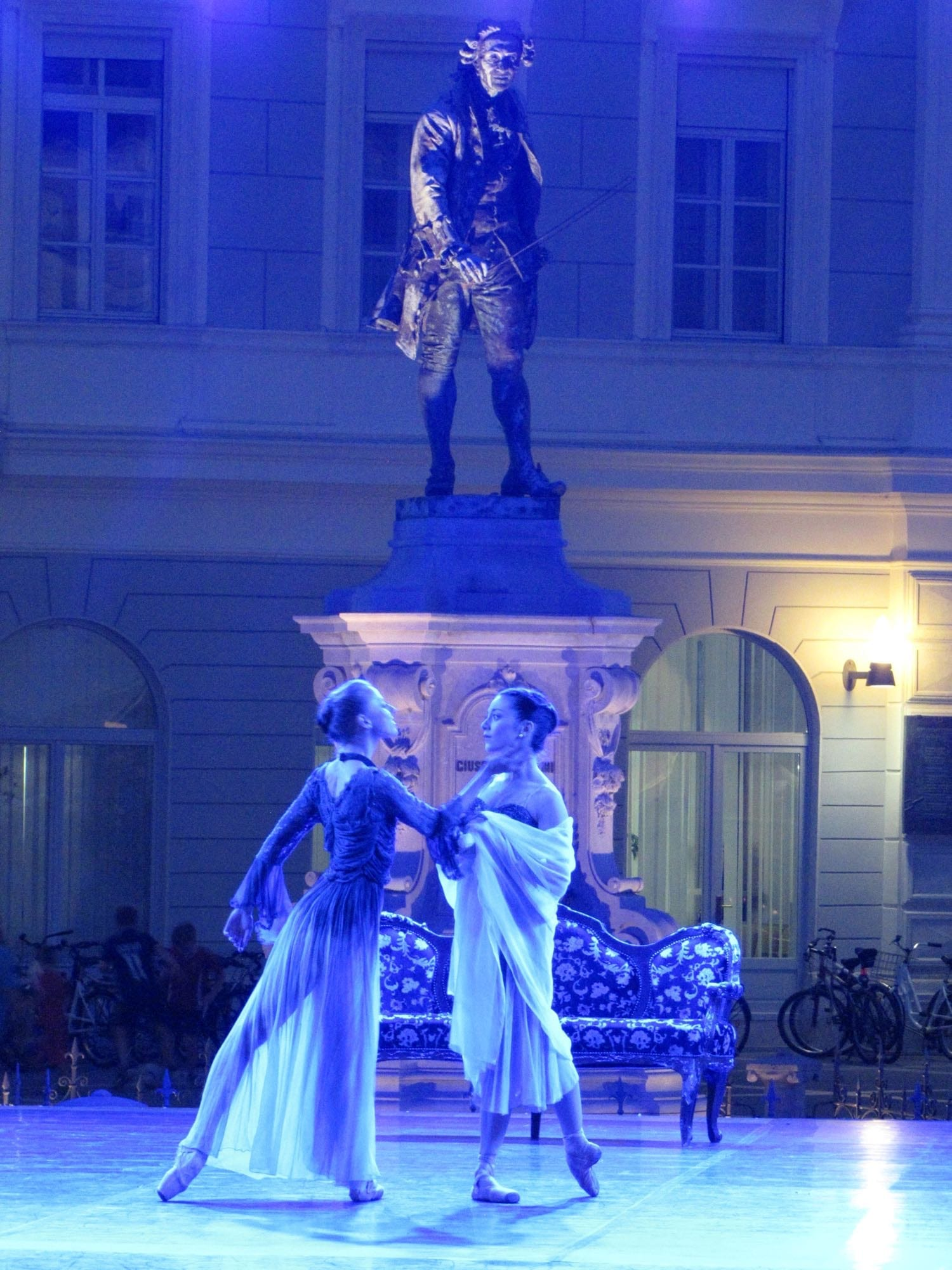 IMG_2070_res-2